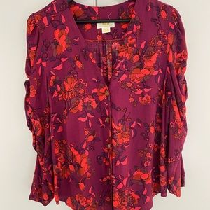 Bright Anthropologie top with ruched sleeves